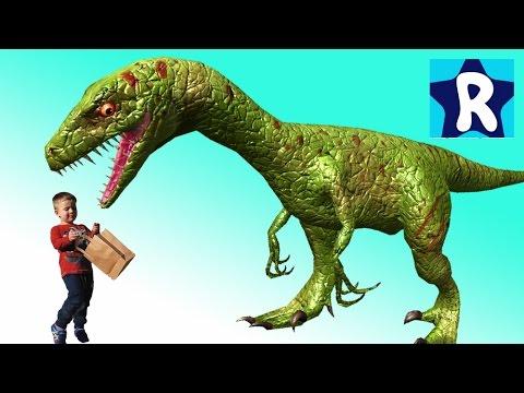 ZHivye-DINOZAVRY-v-Parke-Video-pro-Dinozavrov-Roma-Edet-v-Nikosiyu