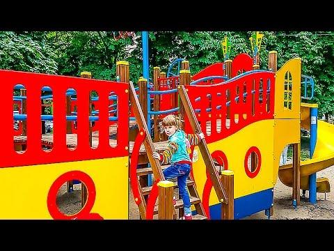 DETSKAYA-PLOSHHADKA-KORABL-VLOG-NASTYUSHIK-Igraet-na-detskoj-ploshhadke-VLOG-Kids-Playground-Fun-Play-Plac