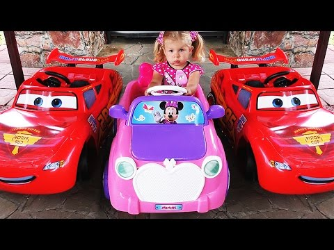 NOVAYA-MASHINA-MINNI-MAUS-Disnej-Syurprizy-Mickey-and-Minnie-Mouse-New-Car-Klub-Mikki-Mausa-Disney
