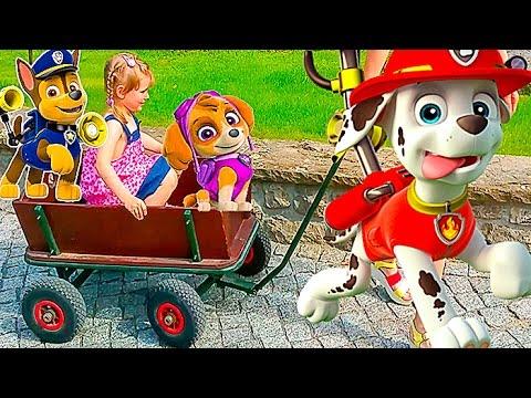 GERMANIYA-4-Zoopark-v-Berline-Video-dlya-detej-ZHivotnye-Nastyushik-edet-na-telege-Kids-euro-show