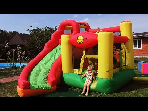 Hello-Kitty-na-BATUTE-Hello-Kitti-Toys-for-Girls-Igry-Dlya-Devochek-Hello-Kitty-Kids-trampoline
