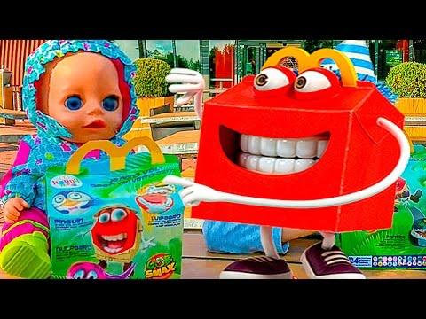 Bebi-Bon-Kukla-i-Igrushki-Gob-Smax-Toys-Nastyushik-i-Masha-igrayut-v-shariki-Gobsmaks-Kids-Nastushik