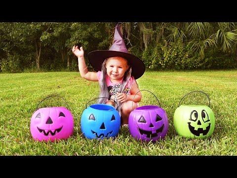 Neobychnye-Konfety-na-Hellouin-najti-Konfety-ili-Syurprizy-v-Tykve-Halloween-candy-sweets-Halloween