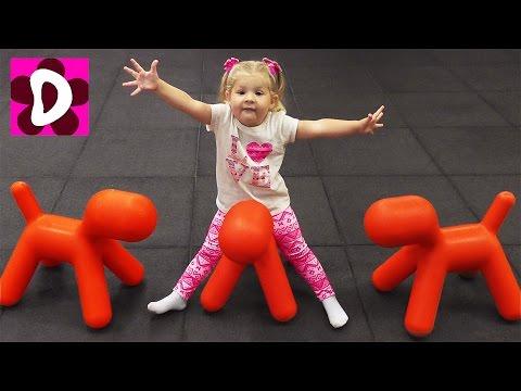 VLOG-Poteryali-Dianu-v-Labirinte-Razvlekatelnyj-TSentr-KRAJOLA-Video-dlya-Detej-vlog-for-children