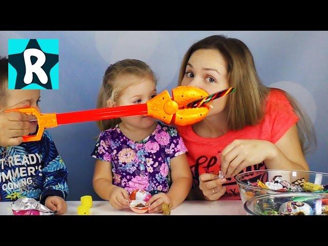 100-Konfet-za-10-Minut-CHellendzh-Kto-bystree-Mama-Papa-Roma-Video-dlya-Detej-Konfety-Candy-Challenge