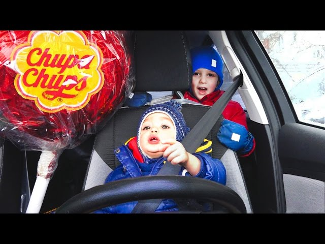 Bad-Baby-Vrednye-Detki-Uehali-za-Konfetami-Kids-Driving-Parents-Car-Part-2-Giant-Candy-Chupa-Chups