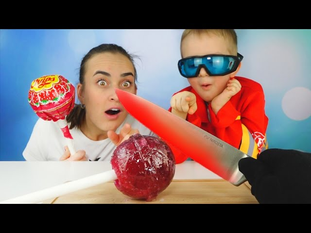 RASKALENNYJ-NOZH-VS-GIGANTSKIJ-CHUPA-CHUPS-Glowing-1000-degree-Knife-vs-Giant-Chupa-Chups-Lollipops