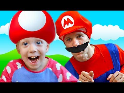 SUPER-MARIO-V-GOSTYAH-u-Milany-novyj-zhivoj-Mario-igraet-v-multik-igru-pohozheyu-na-Mario