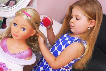 Diana-playing-and-makes-Make-up-for-Baby-Doll-toys-Video-for-children