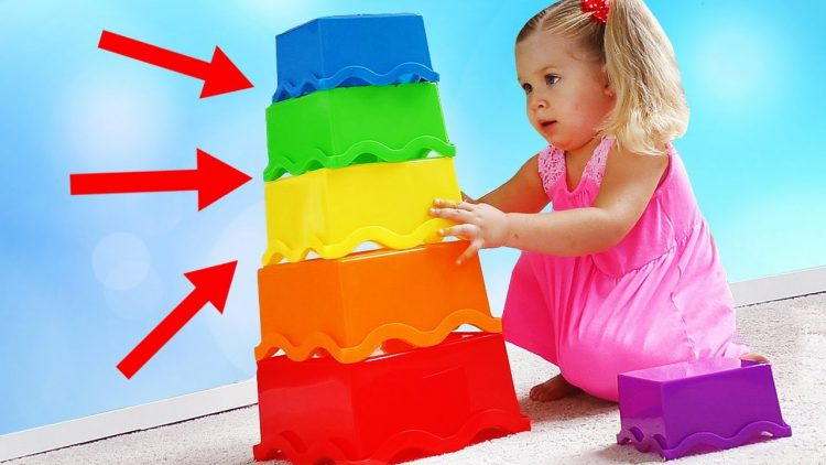 Funny-Baby-play-and-learn-colors-with-colored-Pyramid.-Education-video-for-Children-and-Toddlers
