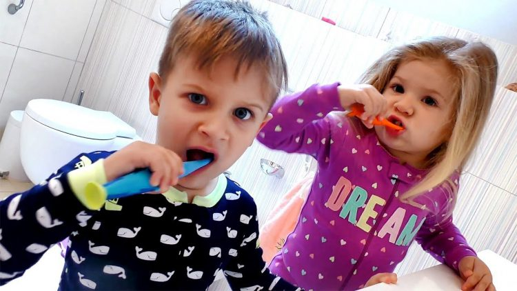 Kids-Morning-routine-Get-ready-with-Roma-and-Diana-Videos-for-children
