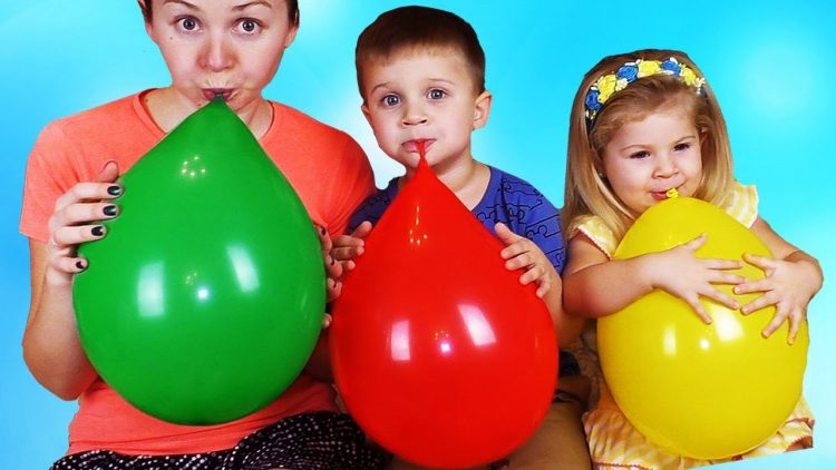 Learn-Colors-with-Balloons-and-Finger-family-song-nursery-rhymes-Fun-learning-colors-for-kids