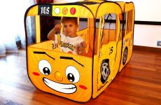 The-Wheels-on-the-Bus-Nursery-Rhymes-Songs-for-Children-with-Roma-and-Diana