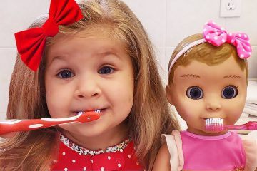 Diana-Little-Mommy-for-Baby-doll-Emili-Pretend-play-with-Kids-Toys-video-for-children
