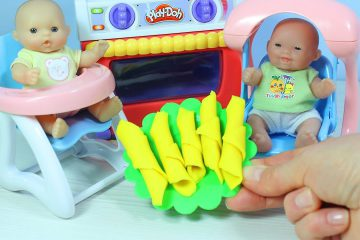 Igraem-s-Pupsikami-Pechyom-Rogaliki-Plastilin-Plej-Do-Multiki-dlya-detej-Play-Doh