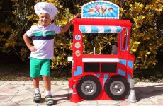 Johny-johny-yes-papa-nursery-rhymes-Songs-for-children-by-Kids-Roma-Show