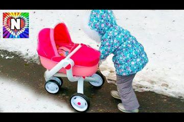 NASTYA-VLOG-Rutina-malenkogo-blogera-Nastya-mama-Kukla-bebi-Bon-Cry-Baby-Dolls-Nursery-Rhymes