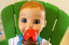 Diana-Pretend-Play-with-Baby-Born-Dolls-and-learn-colors-with-ice-cream