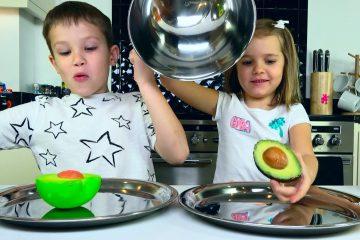 SQUISHY-FOOD-2-PROTIV-nastoyashhaya-EDA-CHELLENDZH-REAL-FOOD-vs-squishy-toys-CHALLENGE