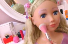 Diana-pretend-play-with-Baby-Dolls-toys-Videos-for-kids