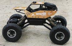 Novaya-Mashinka-Romy-Monstr-2.4G-4WD-Alloy-Crawler-Rock-Climber