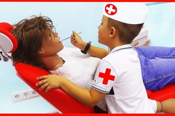Roma-Pretend-Play-Professions-for-Kids-Funny-Story-in-the-Childrens-museum-with-Baby-songs