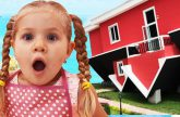 Roma-i-Diana-v-Perevernutom-Dome-dlya-detej-Upside-Down-house-for-kids