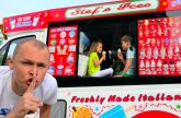 Vagonchik-morozhenogo-v-rasporyazhenii-DETEJ-ili-children-eat-ice-cream-in-a-Dads-ice-cream-truck