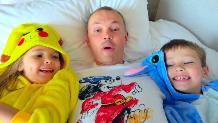 IGRUshKI-vS-koNFety-i-MalCHIKI-protiv-DeVOCHek-kak-papa-pokemonov-lovil-Challenge-Toys-VS-Candy