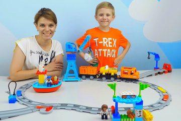 POEZD-Lokomotiv-i-Bolshaya-ZHELEZNAYA-DOROGA-LEGO-DUPLO-s-Podyomnym-KRANOM-Video-dlya-Detej-For-Children