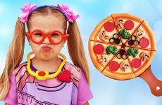 Roma-and-Diana-Pretend-Play-Cooking-with-Toy-Food-and-Kitchen-Playset