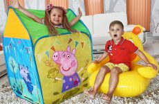 Diana-Pretend-Play-with-Playhouse-Tent-Toy