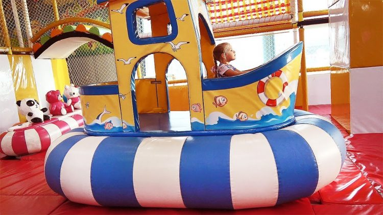 Indoor-Playground-for-children-Fun-activities-with-Roma-and-Diana