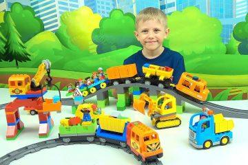 Poezda-i-Mashinki-dlya-detej-LEGO-Ekskursiya-po-ZHeleznoj-Doroge-Lego-Multik-dlya-malenkih-detej