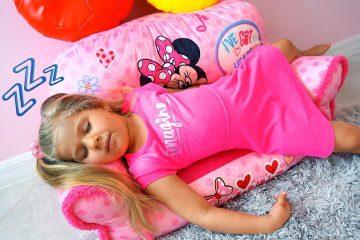 Diana-hochet-SPAT-Diana-wants-to-sleep