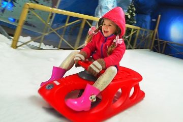 Indoor-playground-for-kids-and-Family-Fun-activities-with-Roma-Diana-and-Mom