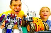 Bamblbi-vs.-Megatron-Transformery-stroyat-bashni-Video-dlya-malchikov