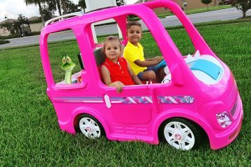 Diana-and-her-Barbie-car-Camping-adventure