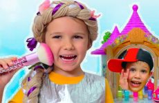 Make-up-dlya-printsessy-i-ee-loshadi-Kids-pretend-play-with-Rapunzel-doll-and-ride-on-toy-horse