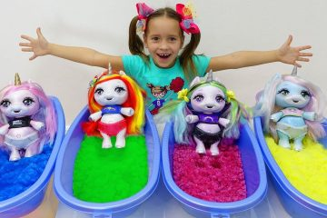 Sofiya-kak-Mama-i-KUKLY-Edinorozhki-Sofia-pretend-play-with-Toys-for-Kids-and-Dolls