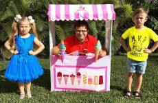 Diana-Pretend-Play-Ice-Cream-Shop-and-playing-with-kids-toys