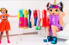 Katy-pretend-play-with-LOL-dress-up-party