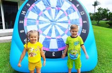 Diana-and-Roma-play-Outdoor-Games-amp-Activities-for-kids
