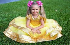 Diana-dress-up-like-a-Princess