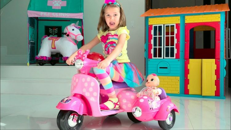 Katy-Pretend-Play-Easter-Hunt-with-doll