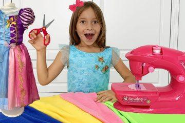 Sofiya-shet-Novoe-plate-i-sobiraetsya-na-Vecherinku-Printsess-Sofia-playing-with-Toy-Sewing-machine
