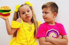 Diana-Pretend-Play-Gummy-food-vs-Real-food