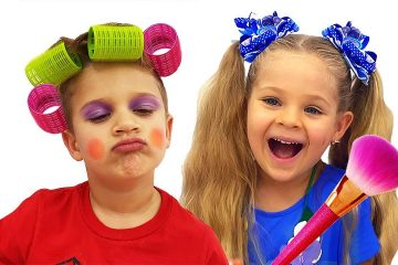 Diana-Pretend-Play-with-Kids-Makeup-kits