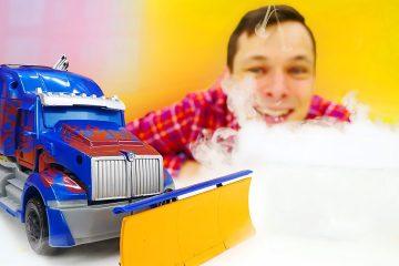 Igry-s-Transformerami-Optimus-i-Fyodor-provodyat-Opyty-v-Avtomasterskoj-Video-onlajn