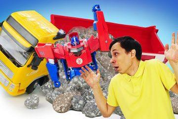 Novye-igry-s-Transformerami-Optimus-Prajm-i-Fyodor-razbirayut-zaval-Video-onlajn-pro-supergeroev